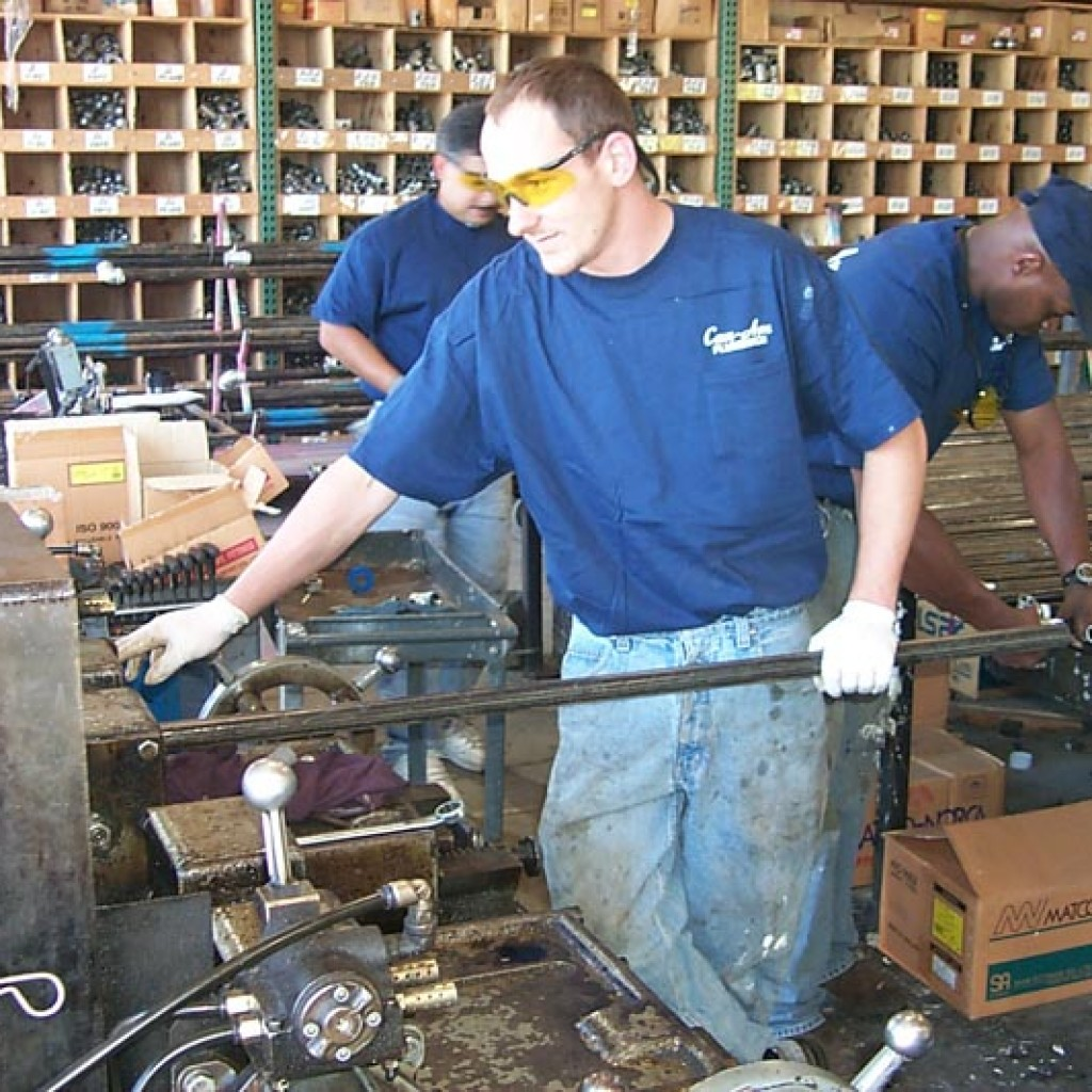 Can-Am Plumbing Technician Pre-fabrication threaded pipe